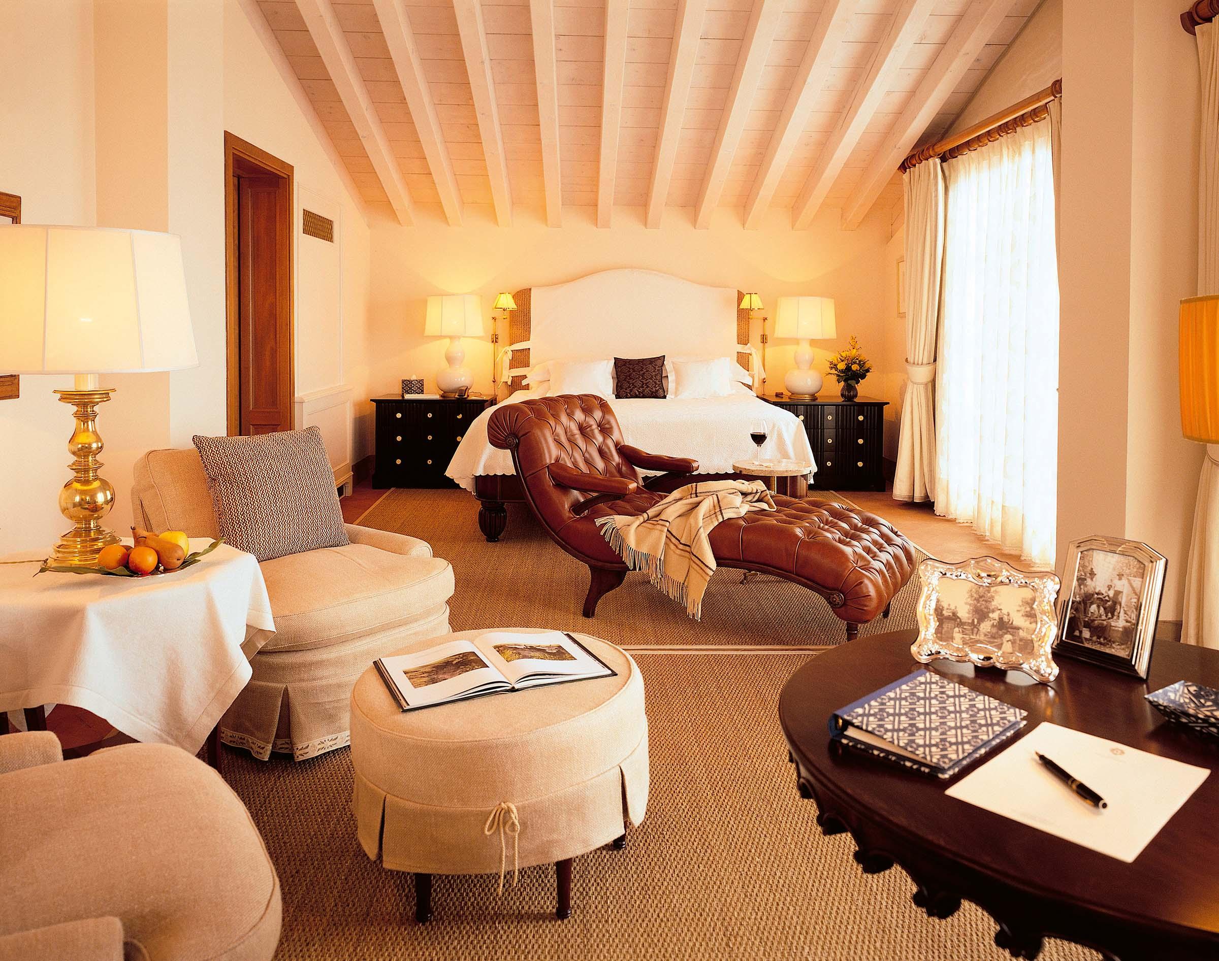 villa_feltrinelli_junior_suite_casa_rustica